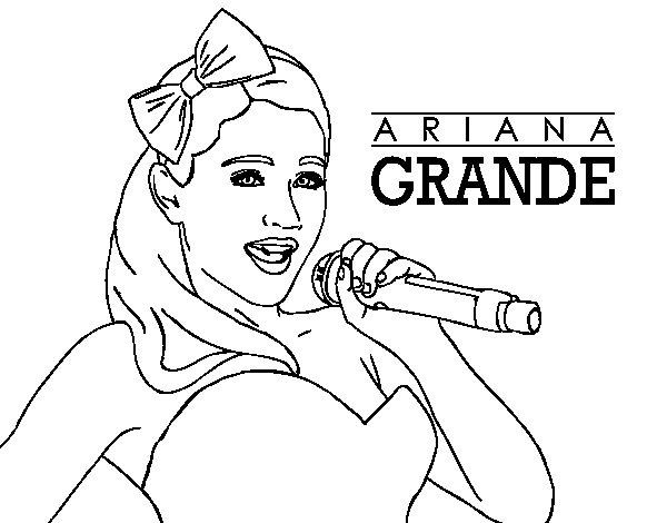 Disegno di Ariana Grande cantando da Colorare