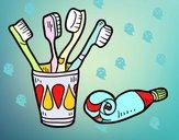 Spazzolini da denti e dentifricio